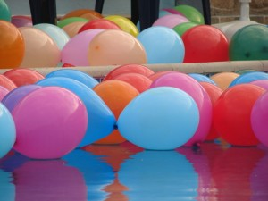 Balloons at the Hawaii Party